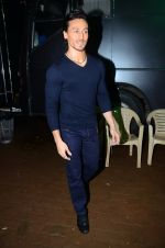 Tiger Shroff during the promotion of film A Flying Jatt on the sets of reality dance show Jhalak Dikhhla Jaa season 9 in Mumbai, India on August 2 2016 (7)_57a18bcc366ae.JPG