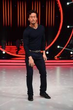 Tiger Shroff during the promotion of film A Flying Jatt on the sets of reality dance show Jhalak Dikhhla Jaa season 9 in Mumbai, India on August 2 2016 (35)_57a18bcebfe54.JPG