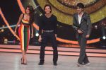 Tiger Shroff, Jacqueline during the promotion of film A Flying Jatt on the sets of reality dance show Jhalak Dikhhla Jaa season 9 in Mumbai, India on August 2 2016 (65)_57a18ab389a62.JPG