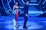 Tiger Shroff, Jacqueline during the promotion of film A Flying Jatt on the sets of reality dance show Jhalak Dikhhla Jaa season 9 in Mumbai, India on August 2 2016 (76)_57a18ab6800eb.JPG