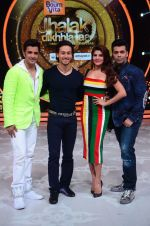 Tiger Shroff, Jacqueline, Karan, Ganesh promotion of film A Flying Jatt on the sets of reality dance show Jhalak Dikhhla Jaa season 9 in Mumbai, India on August 2 2016 (154)_57a18ad5c94a1.JPG