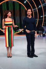Tiger Shroff, Jacqueline during the promotion of film A Flying Jatt on the sets of reality dance show Jhalak Dikhhla Jaa season 9 in Mumbai, India on August 2 2016 (35)_57a18be403c0f.JPG