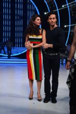 Tiger Shroff, Jacqueline during the promotion of film A Flying Jatt on the sets of reality dance show Jhalak Dikhhla Jaa season 9 in Mumbai, India on August 2 2016 (39)_57a18be5755d8.JPG