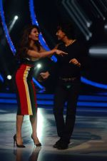 Tiger Shroff, Jacqueline during the promotion of film A Flying Jatt on the sets of reality dance show Jhalak Dikhhla Jaa season 9 in Mumbai, India on August 2 2016 (49)_57a18ab0d45c6.JPG