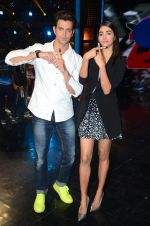 Hrithik Roshan and Pooja Hegde on sets of Dance plus 2 on 3rg Aug 2016