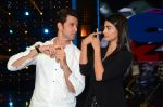 Hrithik Roshan and Pooja Hegde on sets of Dance plus 2 on 3rg Aug 2016 (140)_57a2b79ded842.JPG