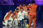 Hrithik Roshan on sets of Dance plus 2 on 3rg Aug 2016 (153)_57a2b8880a2a1.JPG