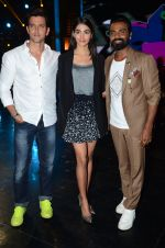 Hrithik Roshan, Pooja Hegde, Remo D Souza on sets of Dance plus 2 on 3rg Aug 2016 (142)_57a2b7a28f3c4.JPG