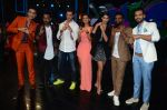 Hrithik Roshan, Pooja Hegde, Remo D Souza, Shakti Mohan, Dharmesh Yelande and Puneet Pathak on sets of Dance plus 2 on 3rg Aug 2016