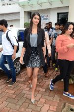 Pooja Hegde on sets of Dance plus 2 on 3rg Aug 2016 (17)_57a2b7a829cb1.JPG