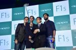 Sonam Kapoor, Yuvraj Singh, Dabboo Ratnani at Oppo F1s mobile launch in Mumbai on 3rd Aug 2016 (41)_57a2b727d54a2.jpg