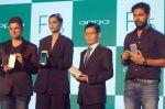 Sonam Kapoor, Yuvraj Singh, Dabboo Ratnani at Oppo F1s mobile launch in Mumbai on 3rd Aug 2016 (42)_57a2b6c19a0c4.jpg