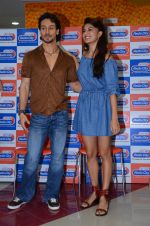 Tiger Shroff and Jacqueline Fernandez at Flying Jatt song launch at Radio City in Mumbai on August 3, 3016 (70)_57a2e444a76db.JPG