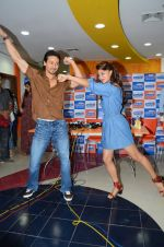 Tiger Shroff and Jacqueline Fernandez at Flying Jatt song launch at Radio City in Mumbai on August 3, 3016 (80)_57a2e472991c6.JPG