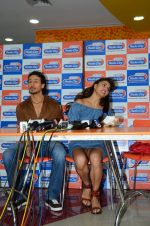Tiger Shroff and Jacqueline Fernandez at Flying Jatt song launch at Radio City in Mumbai on August 3, 3016 (84)_57a2e435e6baf.JPG