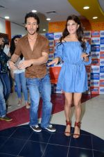 Tiger Shroff and Jacqueline Fernandez at Flying Jatt song launch at Radio City in Mumbai on August 3, 3016 (89)_57a2e438218de.JPG