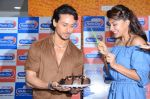 Tiger Shroff and Jacqueline Fernandez at Flying Jatt song launch at Radio City in Mumbai on August 3, 3016 (98)_57a2e47b7268b.JPG