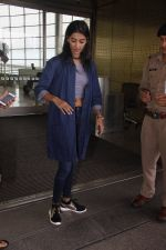 Pooja Hegde snapped at airport on 4th Aug 2016 (35)_57a440b7a636f.JPG