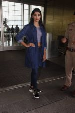 Pooja Hegde snapped at airport on 4th Aug 2016 (38)_57a440bc2ffdc.JPG