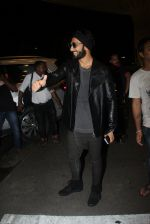Ranveer Singh snapped at airport on 4th Aug 2016
