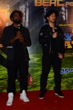 Tiger Shroff & Remo Dsouza promote A Flying Jatt on 4th Aug 2016 (44)_57a4558c74c54.JPG