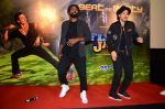 Tiger Shroff & Remo Dsouza promote A Flying Jatt on 4th Aug 2016 (60)_57a45590deb3d.JPG