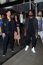 Tiger Shroff & Remo Dsouza promote A Flying Jatt on 4th Aug 2016 (94)_57a45542eca75.JPG