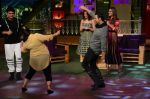 Akshay Kumar, Ileana D_Cruz, Esha Gupta promote Rustom on the sets of The Kapil Sharma Show on 5th Aug 2016 (65)_57a5761352c3b.jpg