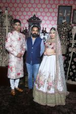 Designer Sabyasachi posing with models at Vogue Wedding Show 2016 at Taj Palace New Delhi (1)_57a5651a4fc00.JPG