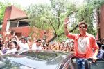 Hrithik Roshan at Mohenjo Daro promotions in Gargi college on 5th Aug 2016 (17)_57a567c3d2af9.jpg