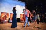 Hrithik Roshan, Pooja Hegde at Mohenjo Daro promotions in Gargi college on 5th Aug 2016