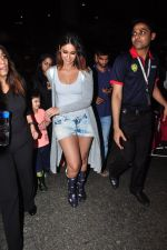 Ileana D Cruz snapped at airport on 5th Aug 2016 (38)_57a57091a9faf.JPG