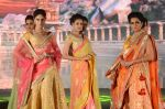 Model walk the ramp for IIJS show in Mumbai on 5th Aug 2016 (3)_57a56bec3ed2b.JPG