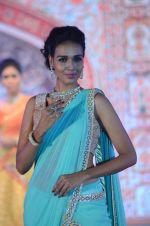 Model walk the ramp for IIJS show in Mumbai on 5th Aug 2016 (30)_57a56c0e205b2.JPG