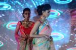 Model walk the ramp for IIJS show in Mumbai on 5th Aug 2016 (80)_57a56c4e64fbb.JPG