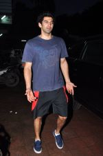 Aditya Roy Kapoor snapped for dream team practise on 6th Aug 2016 (11)_57a73965925eb.JPG