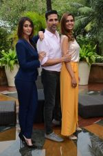 Ileana D_Cruz, Akshay Kumar, Esha Gupta at Rustom promotion in Mumbai on 6th Aug 2016 (101)_57a746cc81632.JPG
