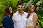 Ileana D_Cruz, Akshay Kumar, Esha Gupta at Rustom promotion in Mumbai on 6th Aug 2016 (92)_57a7486278c00.JPG