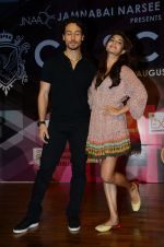 Tiger Shroff, Jacqueline Fernandez at Jamnabai_s Cascade on 7th Aug 2016 (37)_57a769e933eff.JPG