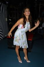 Jacqueline Fernandez promote The Flying Jatt at Smaash on 8th Aug 2016 (34)_57a8c3ce11077.JPG