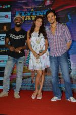 Tiger Shroff, Jacqueline Fernandez, Remo D Souza promote The Flying Jatt at Smaash on 8th Aug 2016 (60)_57a8c485c02b3.JPG