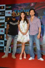 Tiger Shroff, Jacqueline Fernandez, Remo D Souza promote The Flying Jatt at Smaash on 8th Aug 2016 (65)_57a8c46125b25.JPG