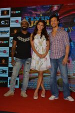 Tiger Shroff, Jacqueline Fernandez, Remo D Souza promote The Flying Jatt at Smaash on 8th Aug 2016 (67)_57a8c487a2458.JPG
