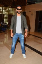 Angad Bedi at Pink trailer launch in Mumbai on 9th Aug 2016 (29)_57a9e859b7a28.JPG