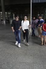 Himesh Reshammiya snapped at airport on 8th Aug 2016