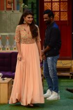 Jacqueline Fernandez promote The Flying Jatt on the sets of The Kapil Sharma Show on 8th Aug 2016 (28)_57a94e3382f85.JPG
