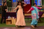 Jacqueline Fernandez promote The Flying Jatt on the sets of The Kapil Sharma Show on 8th Aug 2016 (33)_57a94e37d3c1f.JPG
