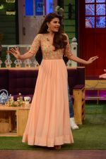 Jacqueline Fernandez promote The Flying Jatt on the sets of The Kapil Sharma Show on 8th Aug 2016 (39)_57a94e3e02d70.JPG
