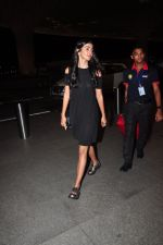 Pooja Hegde leave for Ahmedabad snapped at airport on 8th Aug 2016 (6)_57a94ca309d2c.JPG