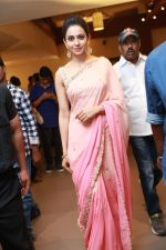 Rakul Preet Singh at Krish weds Ramya wedding reception on 8th Aug 2016 (14)_57a9482aa8994.jpg
